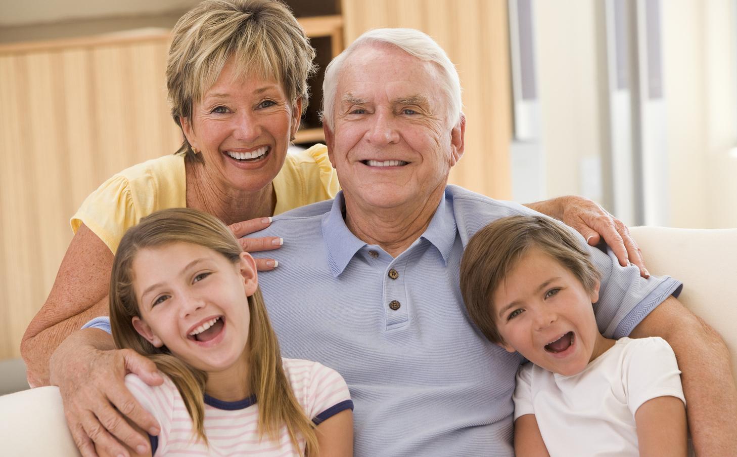Реальное бабушка и внук 7 фотография
