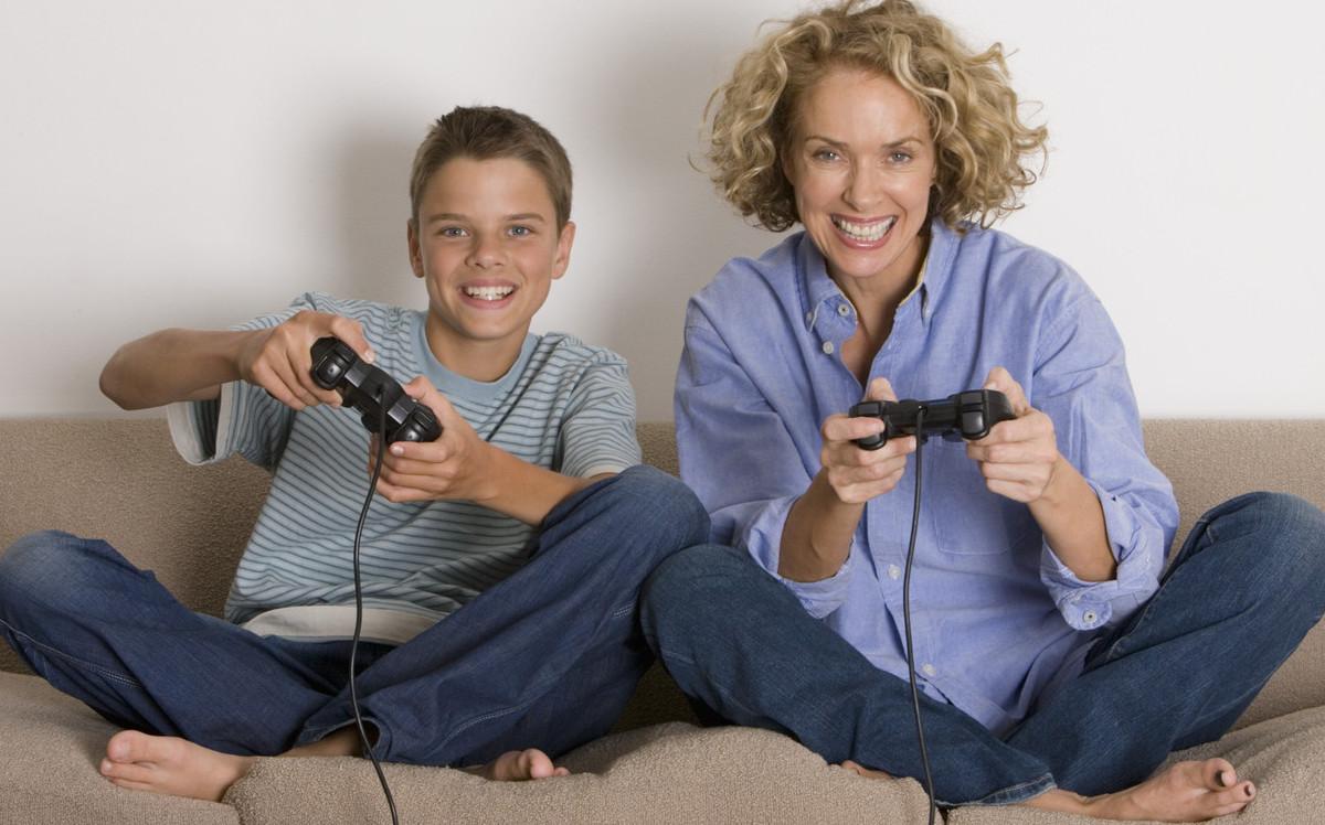 Телефоная семка сына и мамы 4 фотография
